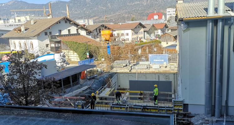 Bau der Boulder- und Kletterhalle