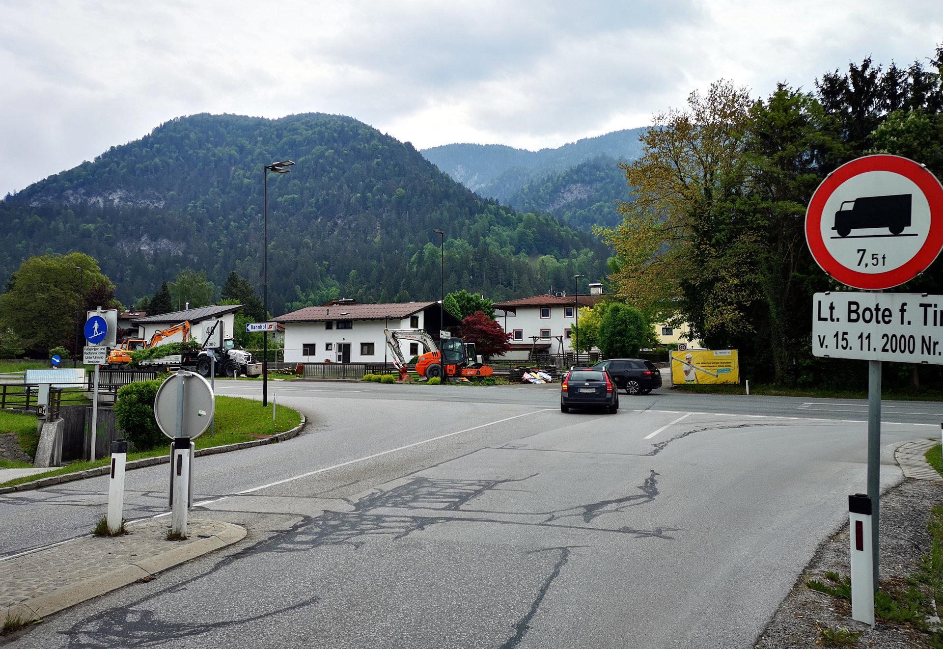 Kreisverkehr Kreuzung Spar_2