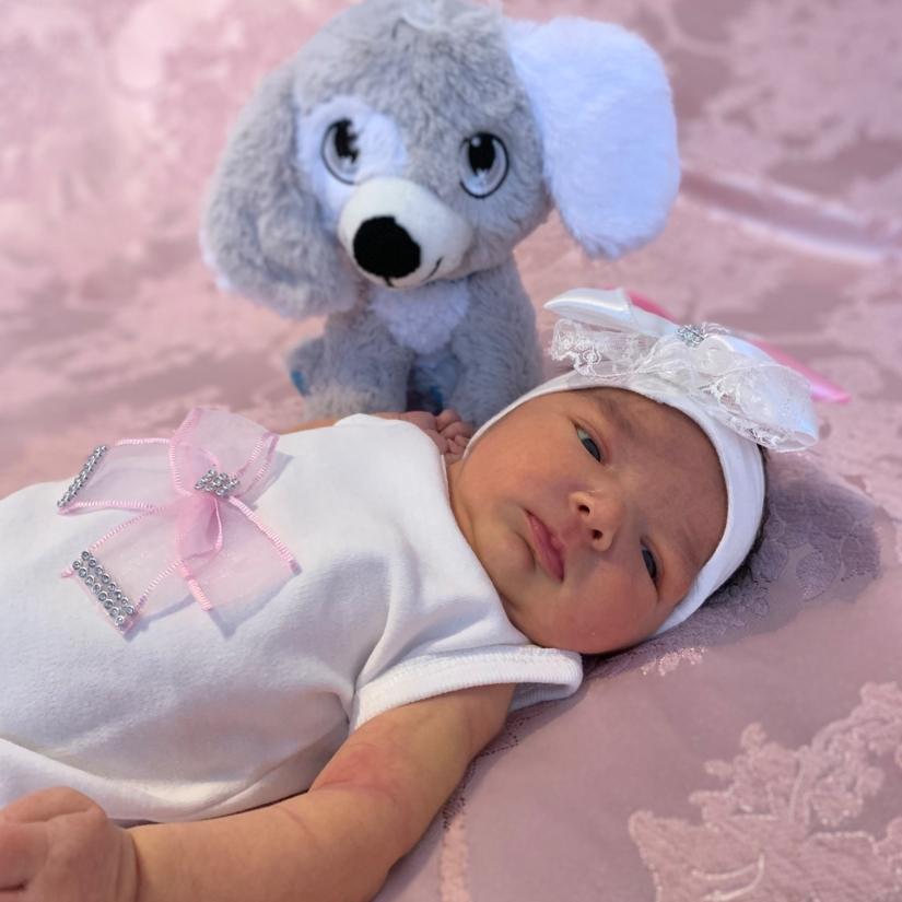 Aysu - geboren am: 12.03.2019 - Mutter: Yeliz Özkaya - Vater: Iskender Özkaya
