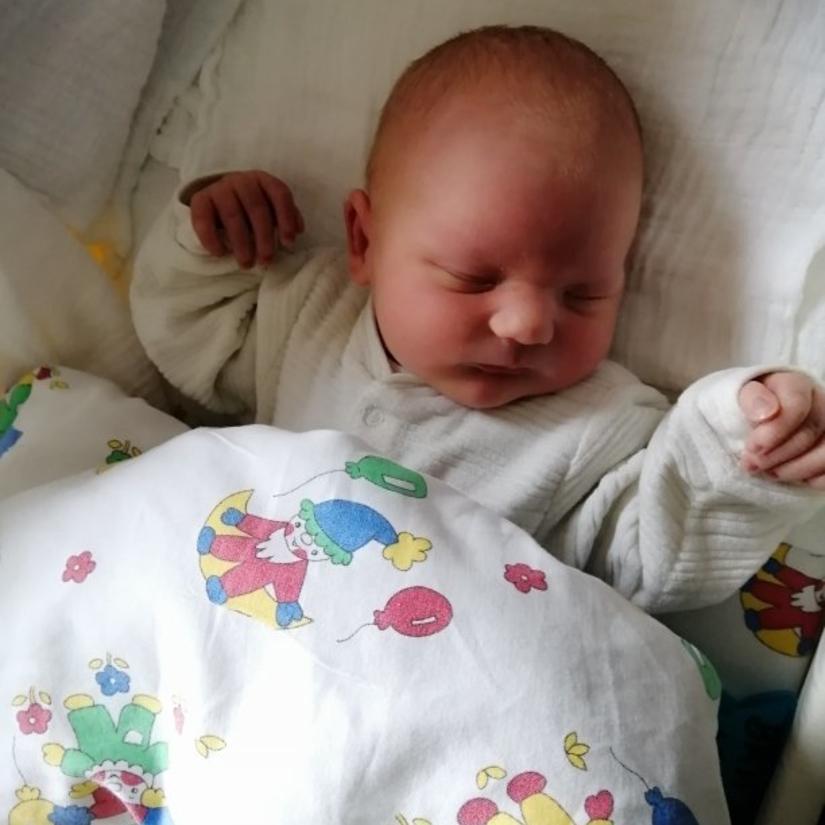 Jakob - Mutter: Simone Ehrenstraßer - Vater: Christian Ehrenstraßer